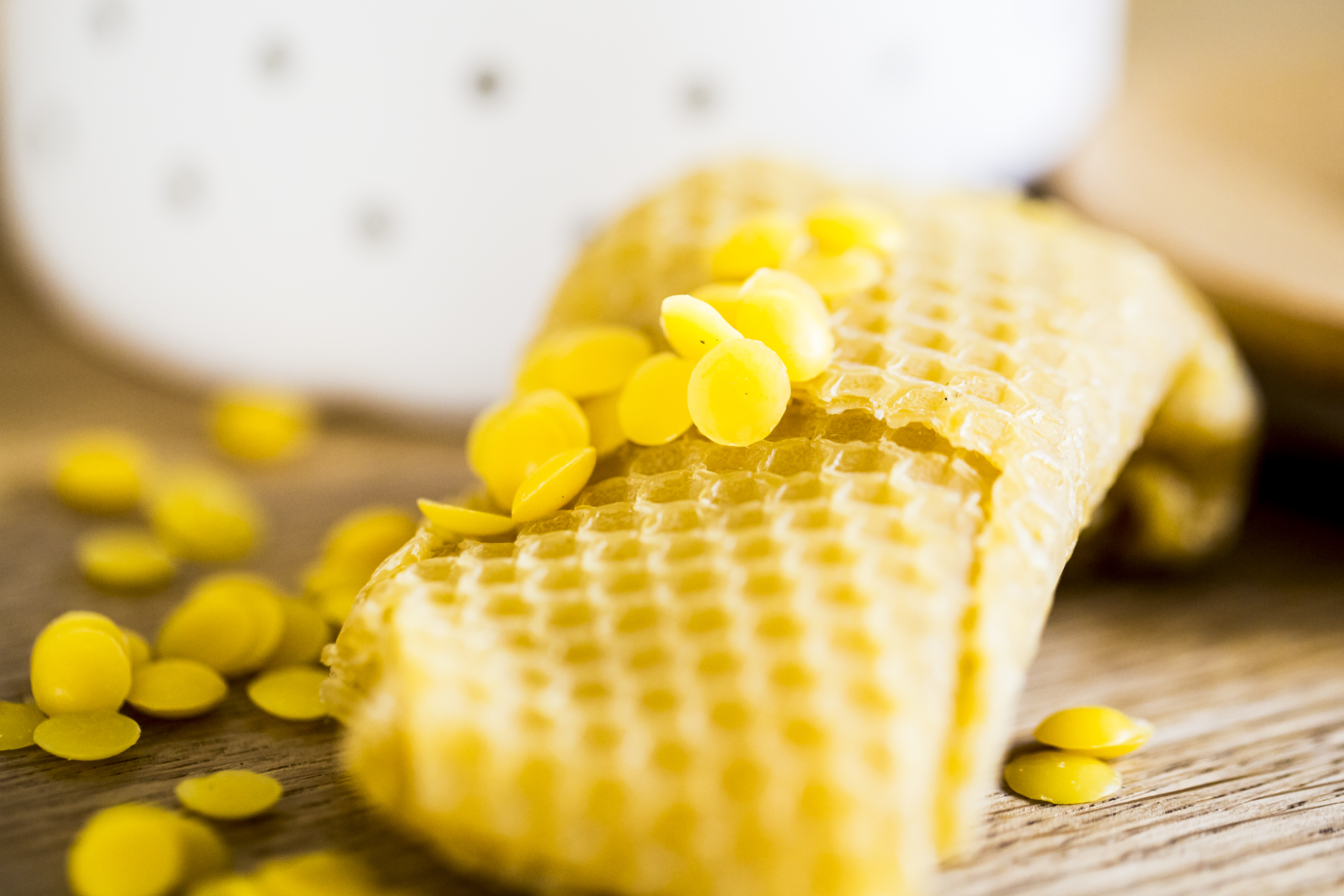 Bienenwachs, Pechsalbe, Heimische Harze