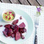 """Gute Laune auf dem Teller – Rote Bete Ofengemüse mit """"Grünem Hummus"""""""